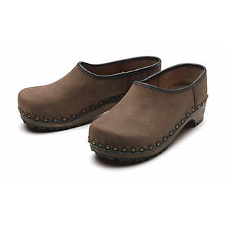 Berkemann Closed Wooden Clogs | Shoes