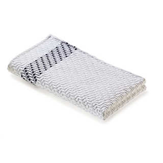 Piqué Quilted Jacquard Guest Towel From Leitner   Towels